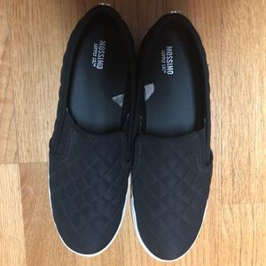 Mossimo Slip On Quilted Sneakers